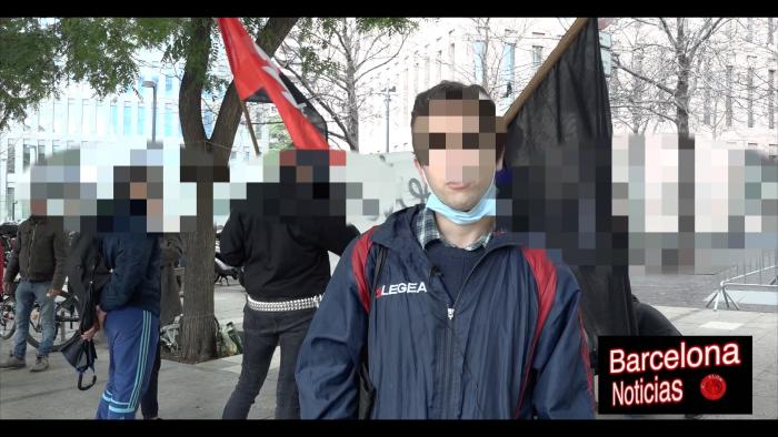 representante de la cnt de barcelona criticando la detención ilegal de uno de los compañeros