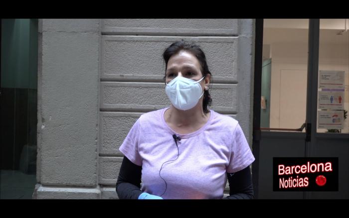 enfermera de un centro de discapacitados de barcelona quejandose de la poca ayuda que han tenido durante el covid