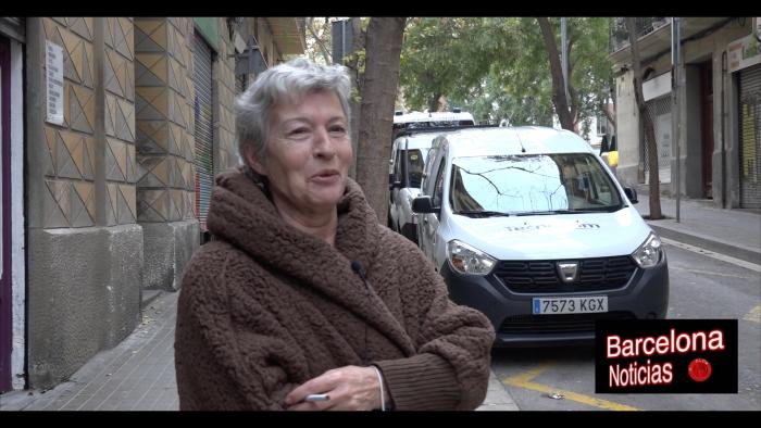 señora hablando sobre covid en barcelona y libertades de los ciudadanos