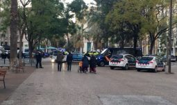 control policial en rambla del raval barcelona